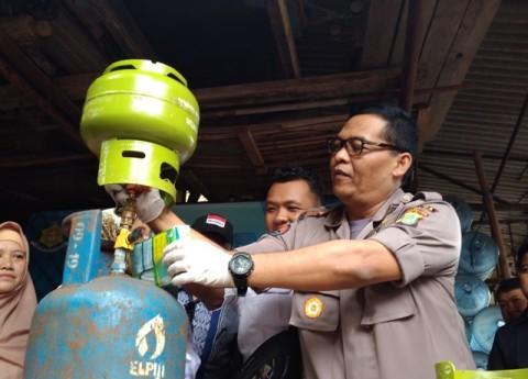 Enam Pengoplos Gas Elpiji di Cipayung Ditangkap