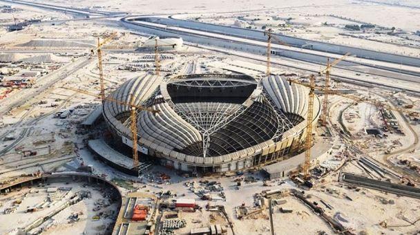 Usai gelaran Piala Dunia 2022, kapasitas penonton Stadion Al Wakrah yang 40 ribu orang dipangkas hingga separuhnya. designboom/SC/ZHA