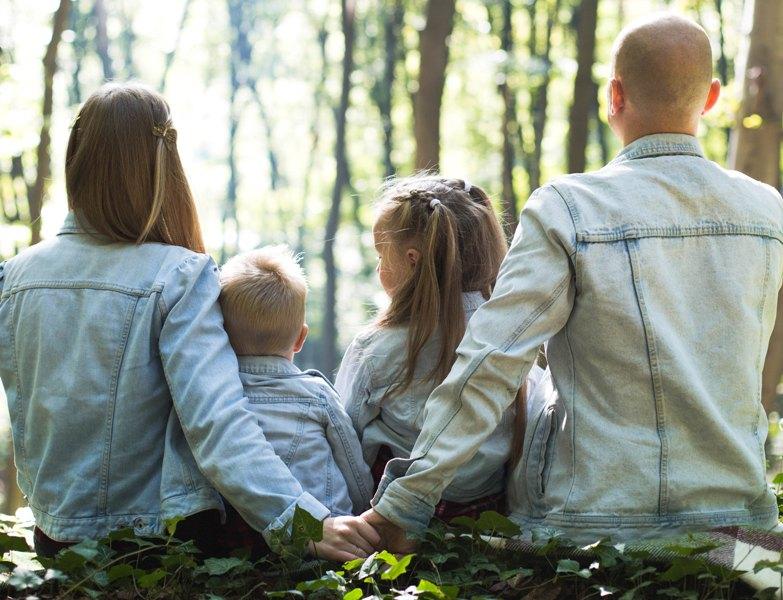Ketika sudah menikah, anda tidak bisa egois lagi. Artinya, kehidupan ini bukan semata-mata tentang Anda lagi. (Foto Ilustrasi: John Mark Smith/Unsplash.com)