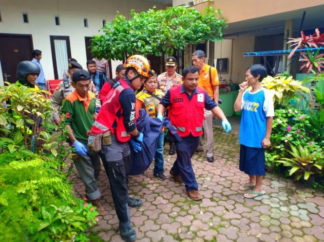 Mahasiswi Poltekkes Kemenkes Malang, Putri Himami Habsawati Amir, 21, ditemukan tewas di kamar mandi indekos, Jalan Simpang Ijen, Klojen, Kota Malang, Jawa Timur. Foto: Istimewa.