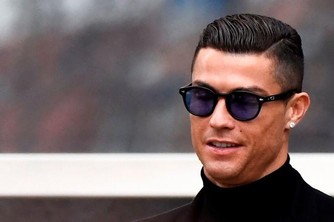 Cristiano Ronaldo ketika menghadiri sidang penggelapan pajak di Spanyol (AFP/Oscar Del Pozo)