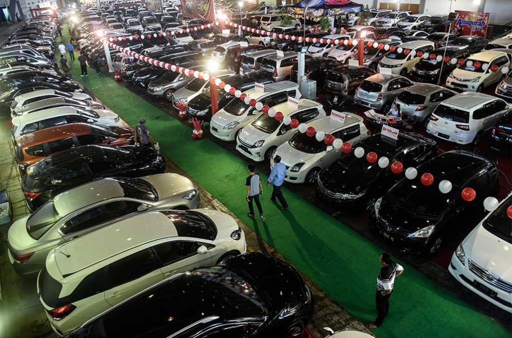 Penjualan mobil dengan diskon sangat besar, dianggap bisa merugikan dari sisi brand image. ANTARA FOTO/Zabur Karuru