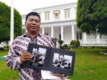 Kegembiraan Nelayan Cantrang Foto Bareng Jokowi