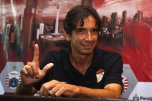 Persipura Tunjuk Luciano Leandro Sebagai Pelatih