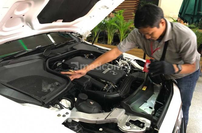 Inspeksi mobil bekas sebelum melakukan pembelian, sangat penting untuk mendapatkan mobil bekas berkualitas. medcom.id/Ahmad Garuda