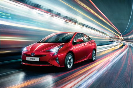 Mobil Listrik Toyota akan Gunakan Baterai Panasonic