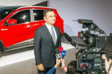 Carlos Ghosn Sepakat Mundur dari Renault