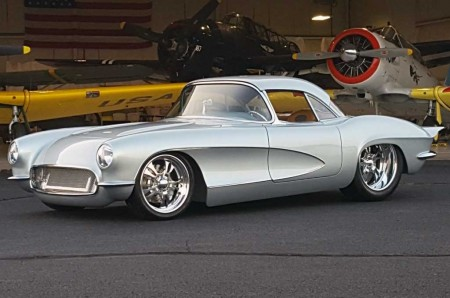 Modifikasi Corvette 1962 Klasik nan Klimis