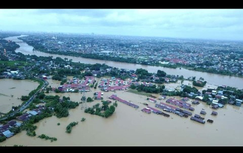 At Least 8 Dead after Flooding in South Sulawesi