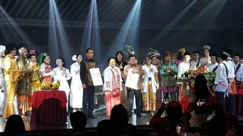 Jokowi, Kalla Attend Megawati's Birthday Celebration