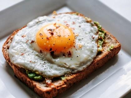 Lima Menu Sarapan Tinggi Protein