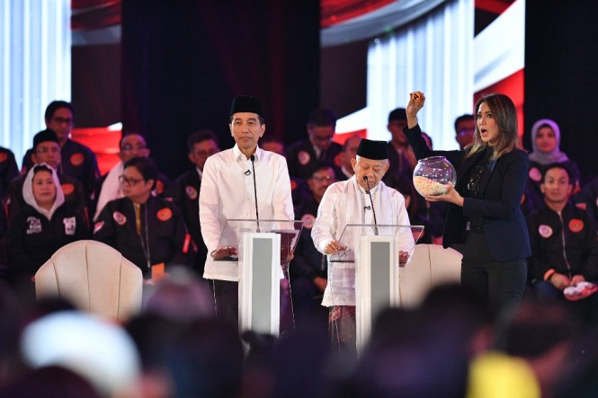 Pasangan calon presiden dan wakil presiden nomor urut 01 Joko Widodo dan Ma'ruf Amin. ANT/Sigid Kurniawan.