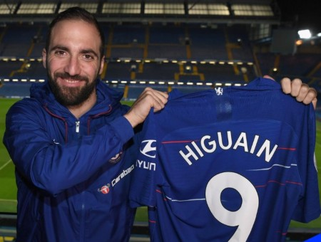 Resmi: Gonzalo Higuain Gabung Chelsea