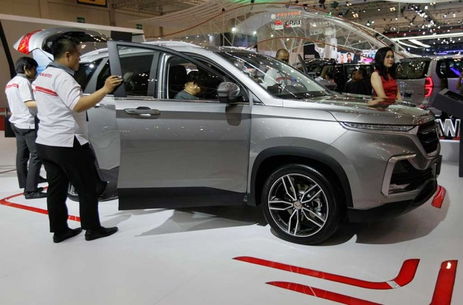 Wuling Motors kesampingkan target penjualan dan fokus bangun dealer. Wuling Motors