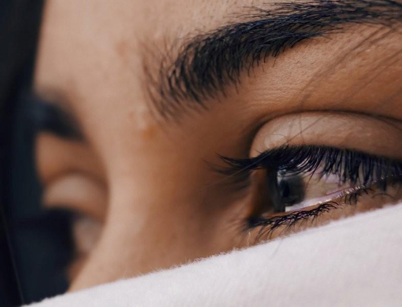 Jujur pada diri sendiri dan berani berbicara menjadi jalan Anda terhindar pelecehan emosional dari pasangan (Foto Ilustrasi: Luis Galvez/Unsplash.com)