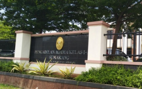 Sosmed dan Judi <i>Online</i> Faktor Perceraian Pasutri Semarang