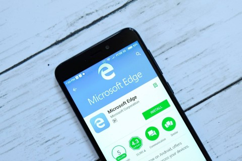 Perangi Hoaks, Microsoft Pasang NewsGuard di Perambannya