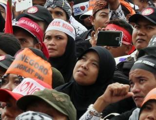 Guru Honorer Minta Tunjangan Setara UMP DKI