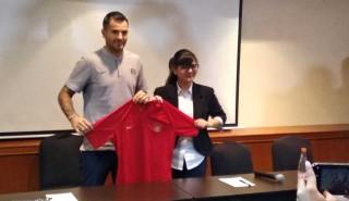 McMenemy Sudah Kantongi Sejumlah Nama Asisten Pelatih