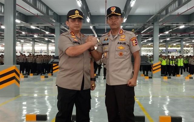 Irjen Gatot Eddy Pramono (kiri) dan Irjen Idham Aziz (kanan). Foto: Medcom.id/Siti Yona Hukmana.