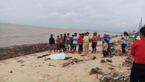 Mayat Tanpa Identitas Ditemukan di Pantai Seribu Ranting Jepara
