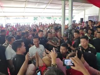 Jokowi Bagikan 3 Ribu Sertifikat Tanah ke Warga Jakpus