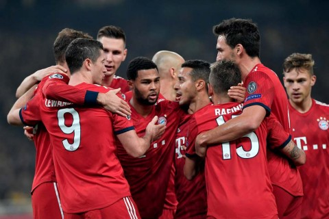 Bantai Stuttgart, Bayern Munchen Dekati Dortmund
