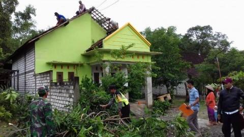Puluhan Rumah di Pati Rusak Disapu Puting Beliung