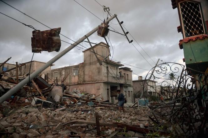 Dampak kerusakan akibat tornado di Havana, Kuba, 28 Januari 2019. (Foto: AFP/YAMIL LAGE)