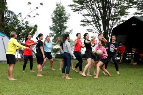 Bangun Kekompakan, Tim Ganda Putri Indonesia Berlibur ke Sukabumi