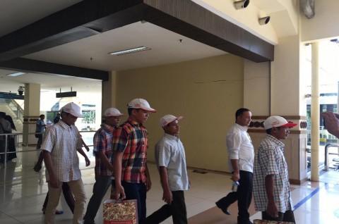 Kemenlu Serah Terima 14 Nelayan WNI dari Myanmar ke Aceh
