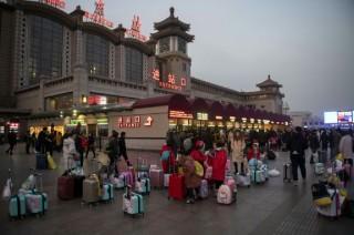 Jutaan Warga Tiongkok Memulai Tradisi Mudik Imlek