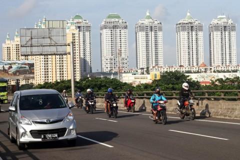 Sepeda Motor Masuk Tol Tak Mengurangi Macet