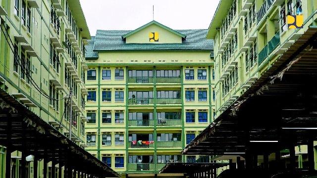 Rusun setinggi enam lantai terdiri dari 83 kamar tipe 45 dan yang dapat menampung sekitar 415 kepala keluarga.