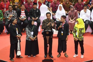 Jokowi: Pendamping Dana Desa Jatim Sangat Militan
