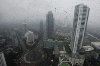 Hujan Guyur Sebagian Wilayah Jakarta di Akhir Pekan