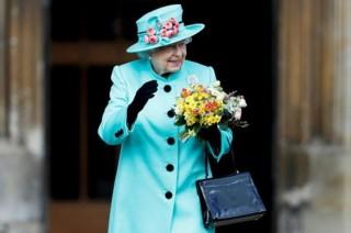 Ratu Inggris Akan Dievakuasi Jika Brexit Berakhir Ricuh