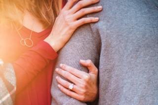 Survei: Hubungan Seks Menyebabkan Sakit Kepala