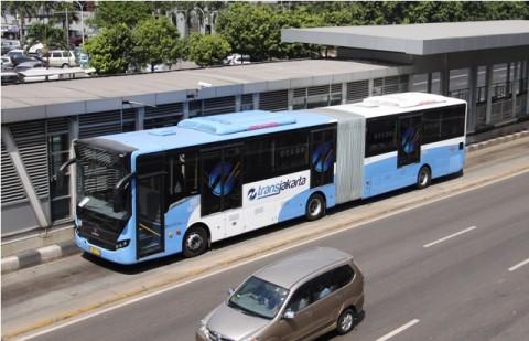 TransJakarta Buka Rute Pengumpan ke Stasiun MRT