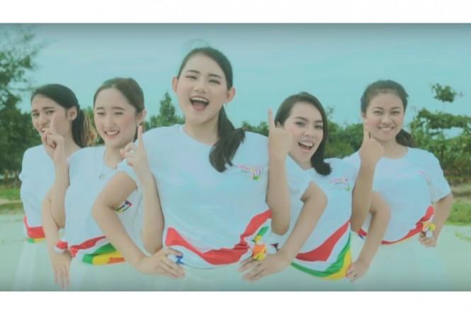 Aksi JKM-19 membawakan lagu kampanye Sekali Lagi (Foto: YouTube Jokowi Motion)