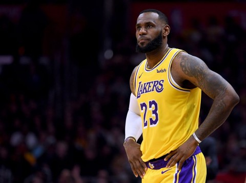 Indiana Pacers Rusak <i>Comeback</i> LeBron James
