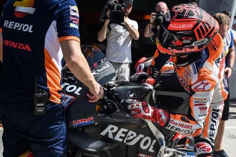 Marquez Dilarang Uji Coba Motor oleh Fisioterapis