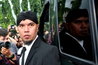 Besok, Kasus Ahmad Dhani Dibawa ke Persidangan di Surabaya