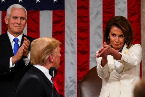 Tepuk Tangan 'Sarkastis' Ketua Senat AS untuk Donald Trump