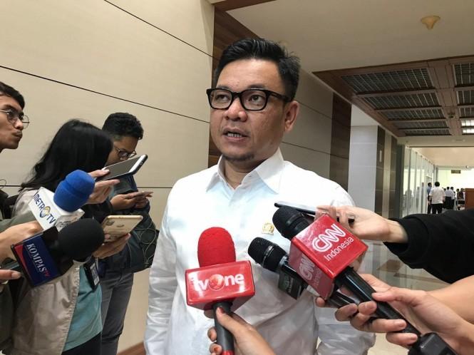 Juru Bicara TKN Jokowi-Ma'ruf, Ace Hasan Syadzily - Medcom.id/Whisnu Mardiansyah.