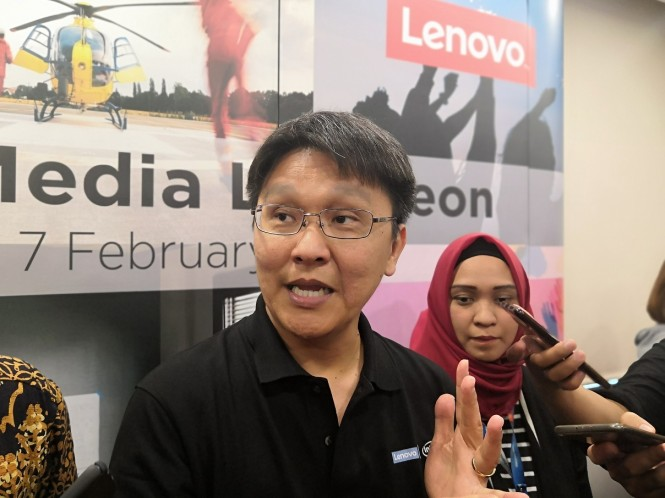 Country General Manager Lenovo Indonesia, Budi Janto.