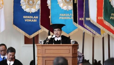 Menjadi Bagian Kekuasaan, Ujian Besar untuk Kaum Intelektual