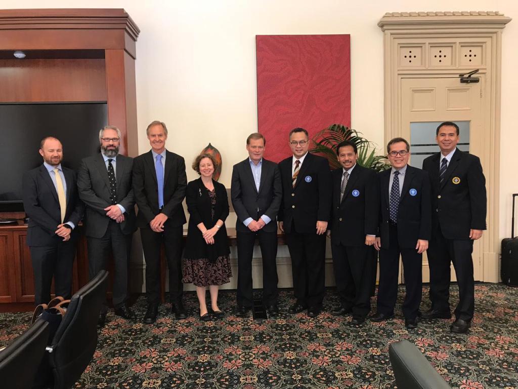 Rektor IPB, Arif Satria, dan delegasi diterima langsung oleh Vice Chanchellor atau Presiden University of Adelaide, Profesor Peter Rathjen dan jajaran pimpinan lainnya, dokumentasi IPB.