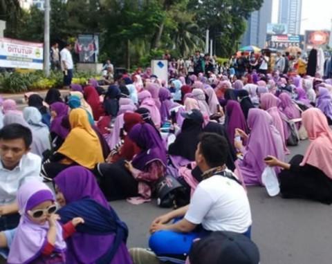 Komunitas Peduli Hijab Tolak Perayaan Valentine