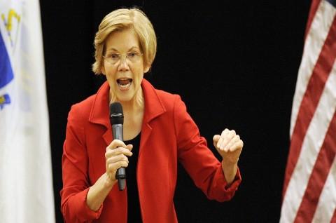 Warren Sebut Trump Mungkin Sudah Jadi Napi di 2020